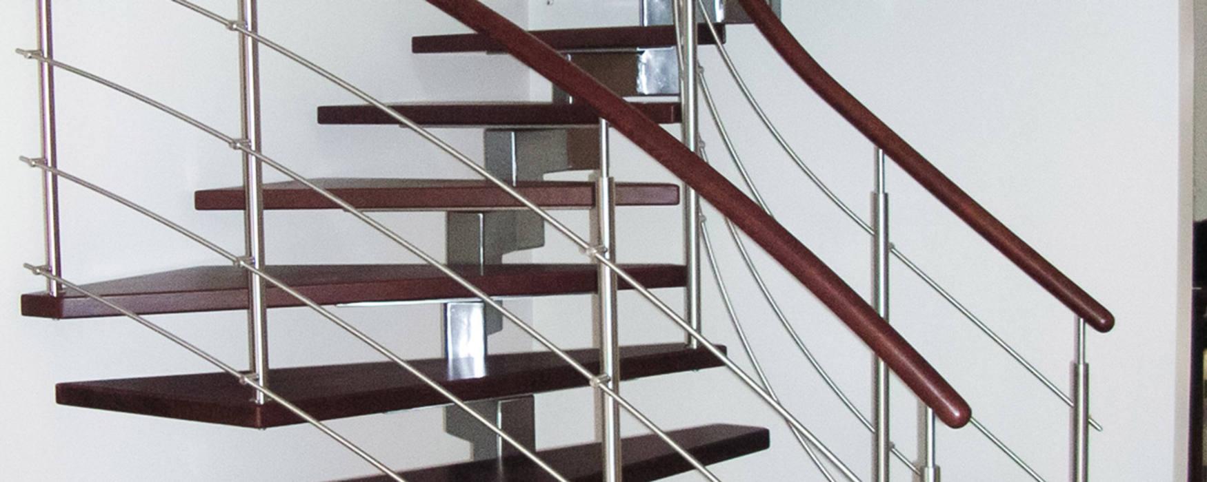 Foto Von Aufgesattelte Treppe